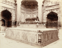 Hyderabad, Sind. Ghulam Shah's Tomb, interior